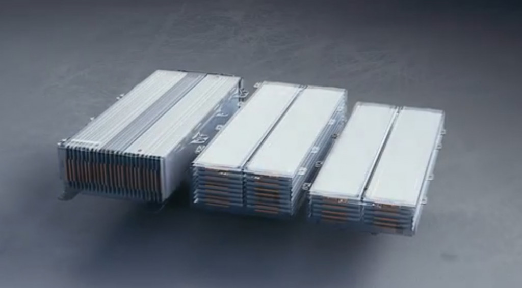 GM Ultium battery - cell stacking