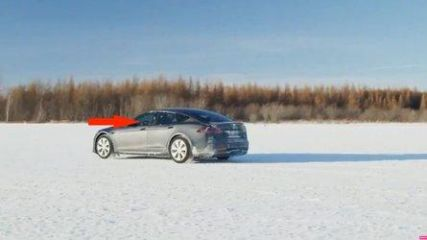 Watch Refreshed Tesla Model S Plaid Make Moves In The Snow